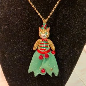 NWT authentic Betsey Johnson holiday bear necklace